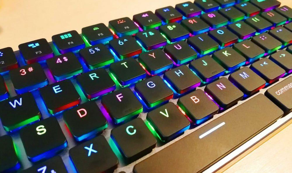 【Taptek】クラウドファンディングでイカしたキーボードを買ってみた